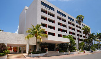 Oasis Smart Hotel in Cancun